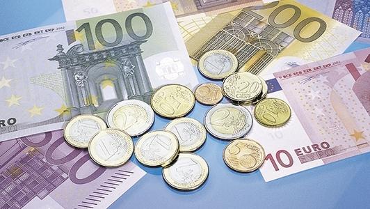 Euro-Münzen und Euro-Scheine