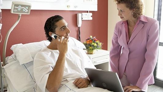 Patient bei der Beratung
